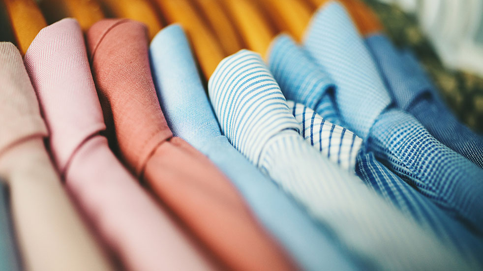 25 free things; tidying your wardrobe