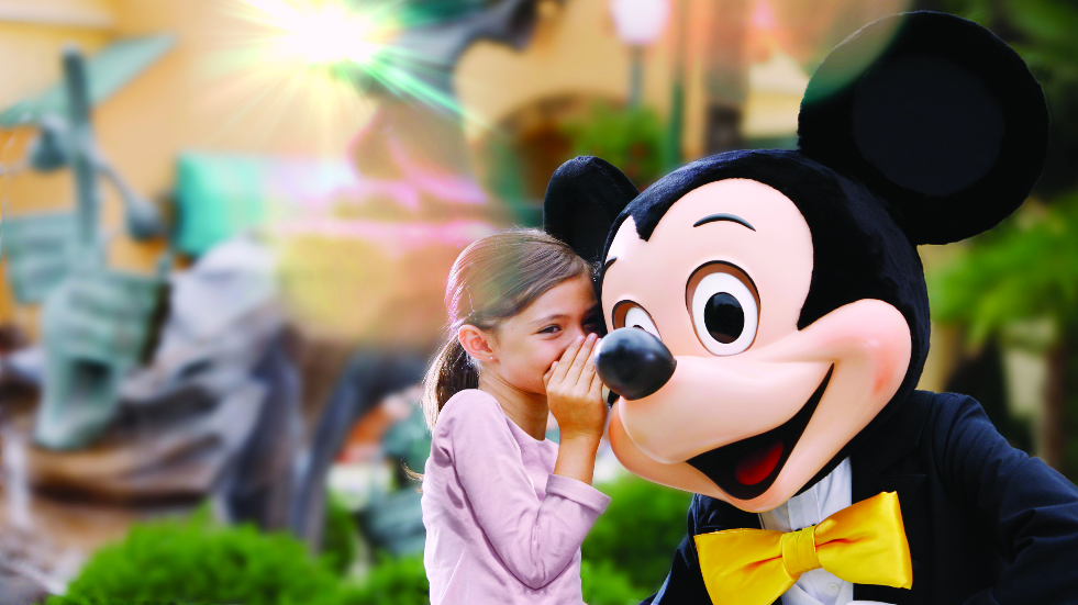 Meeting Mickey and friends at Disneyland Paris