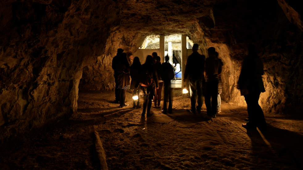 Things to do near London with kids Chislehurts Caves