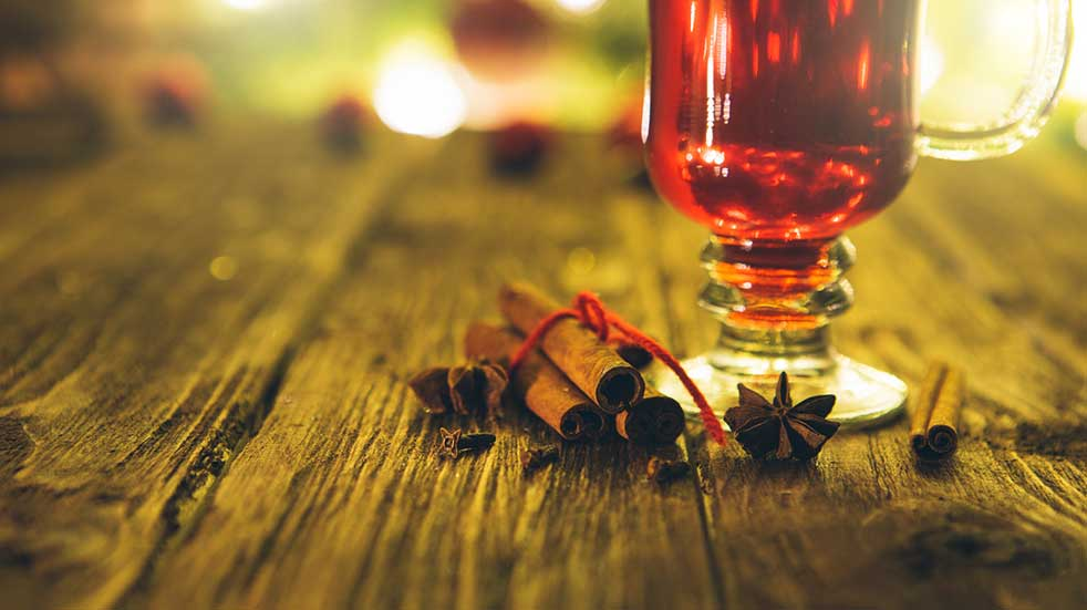 25 free events November hot toddy