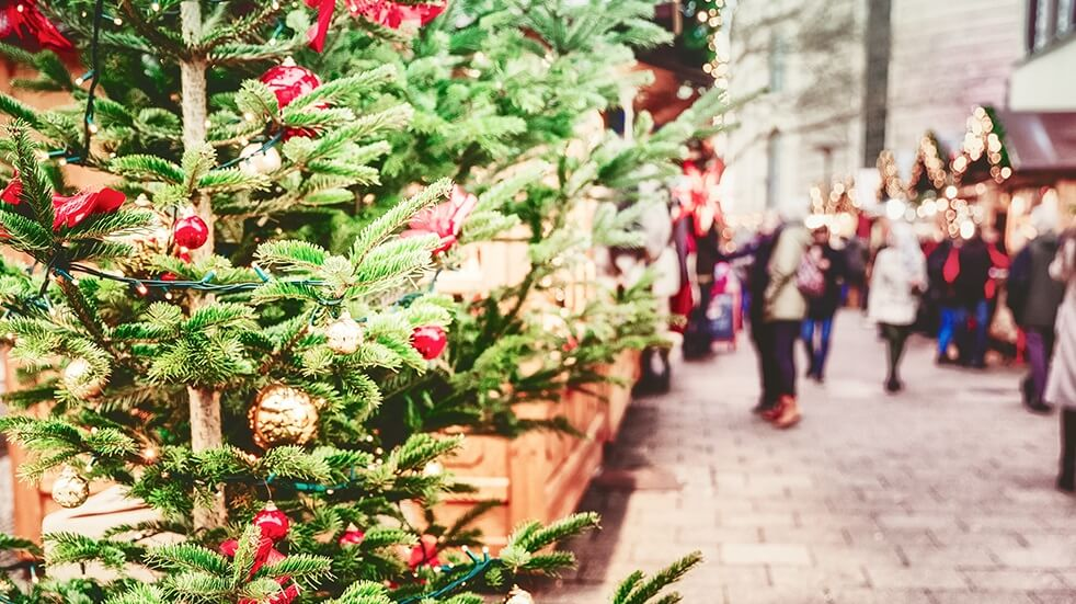 25-free-things-to-do-December-Christmas-market