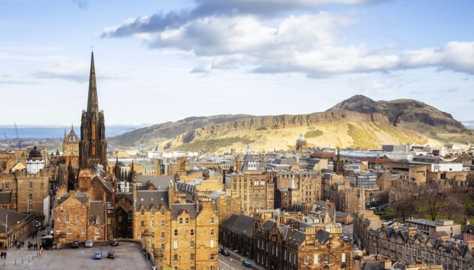 Walking tour podcasts in Scotland cities