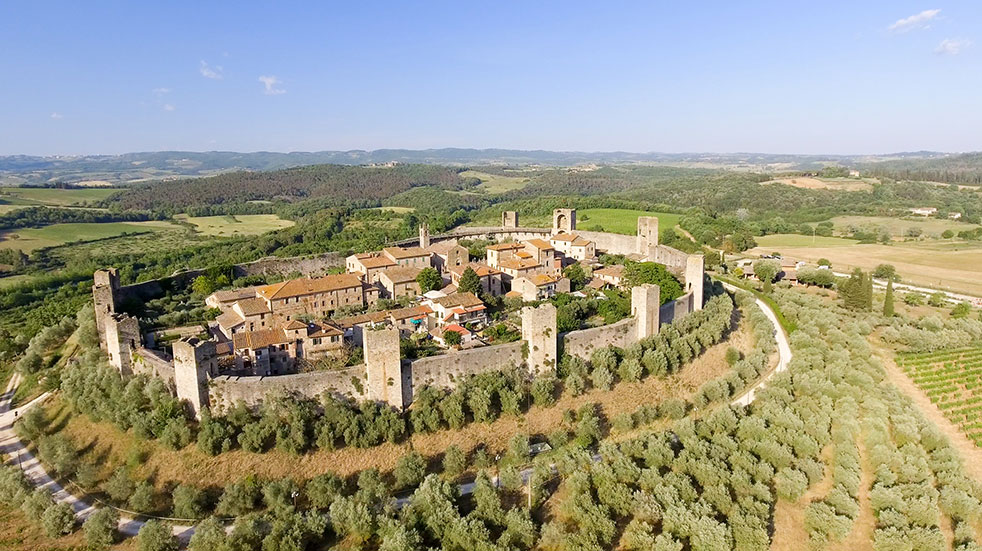 Autumn in Tuscany: an aerial view of Monteriggioni in Siena