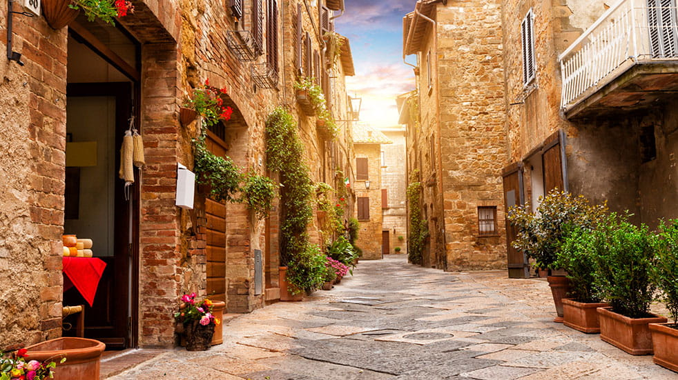 Autumn in Tuscany: a quiet street in Pienza's old town