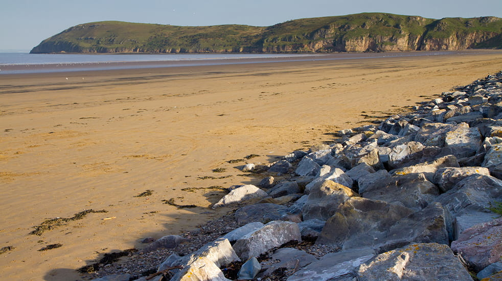 The best free family days out in Somerset - Brean sands beach
