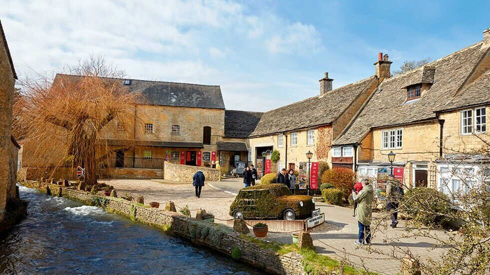 Boundless Breaks: Bourton on the Water