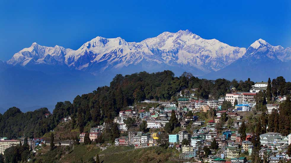Winter experiences snow capped mountains Darjeeling