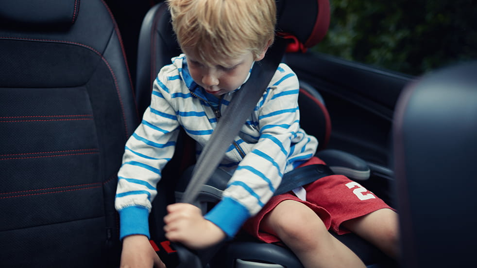 Car safety checks for summer: check your seatbelts