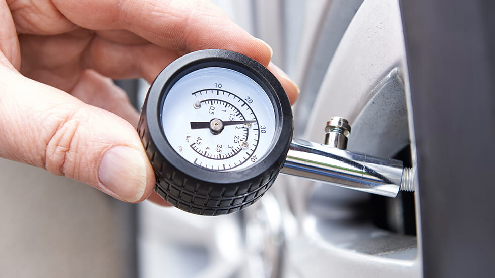 Car safety checks for summer: check your tyre pressure