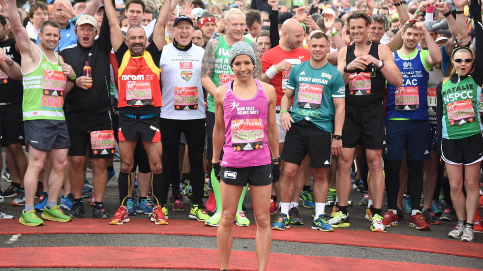Dame Kelly Holmes starts the London Marathon