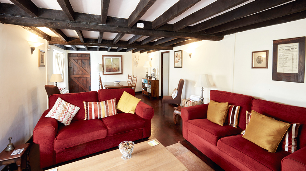 Bourton-on-the-Water: holiday cottage