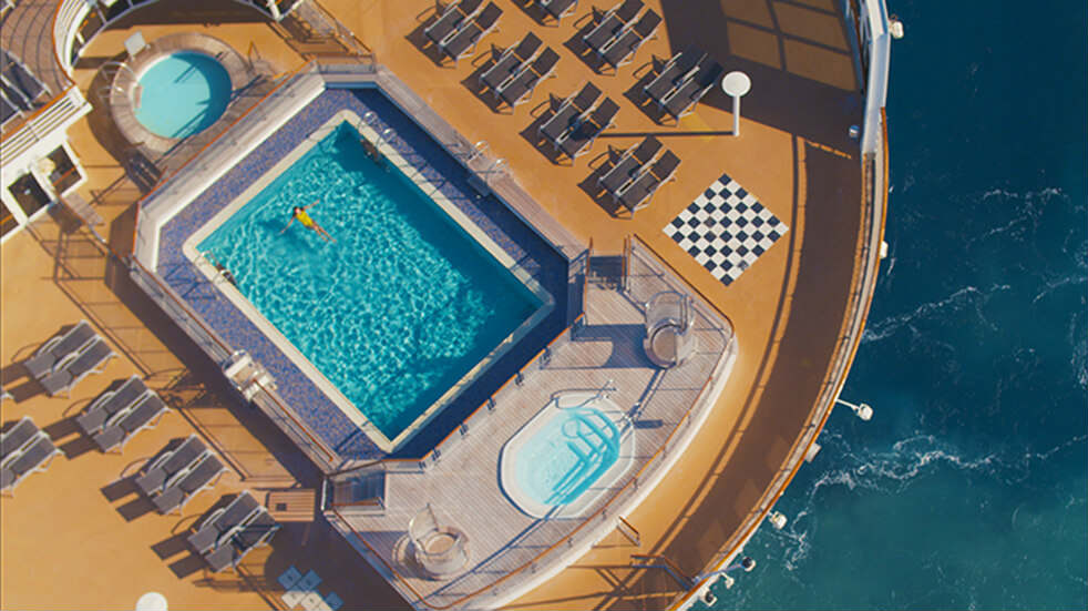 Cunard cruise guide: swimming pool on deck the ship