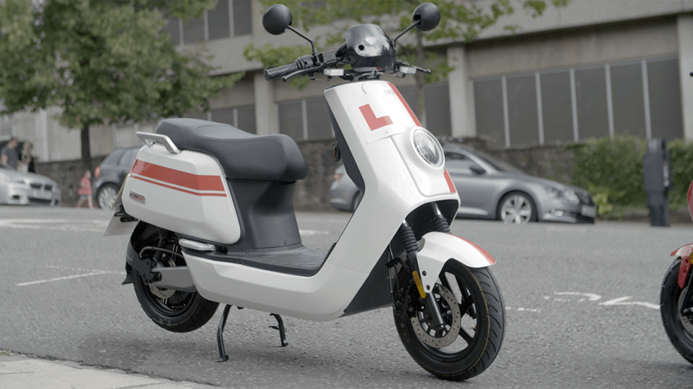 Electric motorbike and scooter reviews: NIU NGT