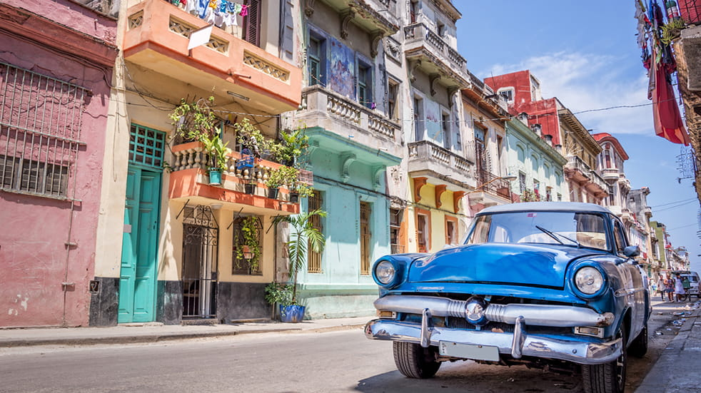 Expert guide to Cuba - street and classic cars