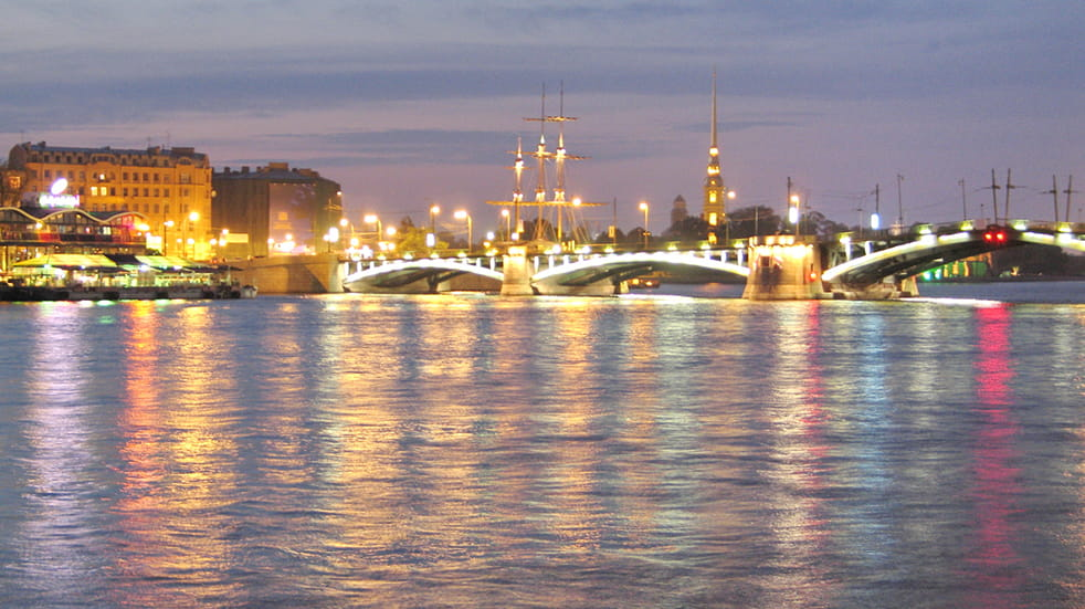 Expert guide to St Petersburg Midnight Sun