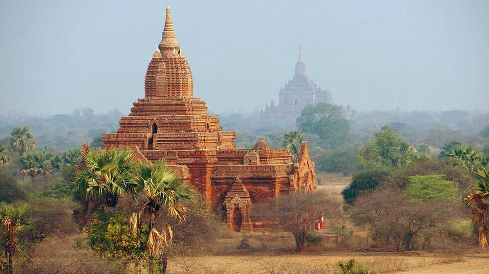 Explore Travel guide: Burma Bagan Temple