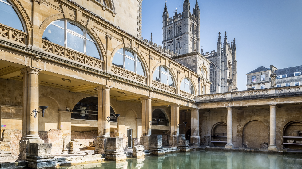 Roman Baths Great Bath and Bath Abbey