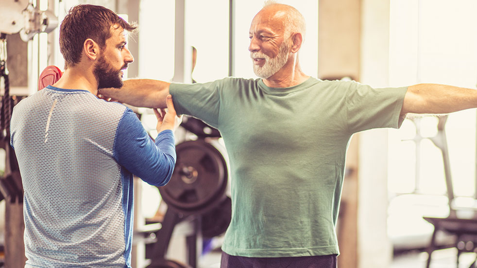 How to choose a gym: working out with a personal trainer