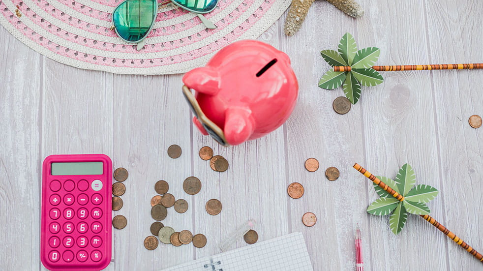 How to save on changing your travel money: holiday savings