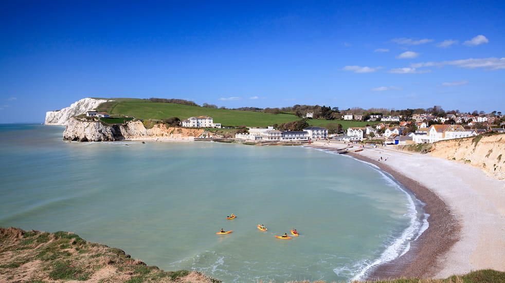 Things to do on the Isle of Wight: Freshwater beach