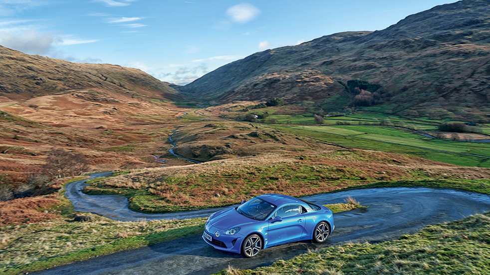 Lake District great drive: road trip from Wrynose Pass to Hardknott Pass