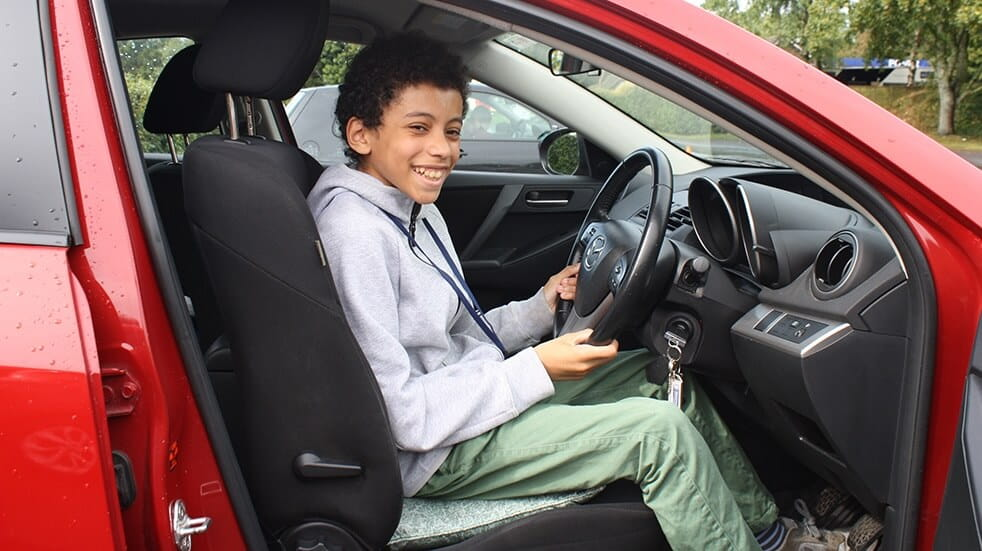 Learn to drive under 17 – Under 17 Car Club
