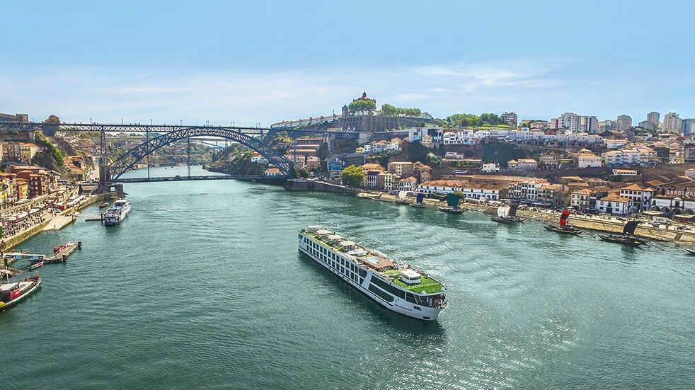 River cruise Europe: Radiance ship in Portugal with Emerald Waterways