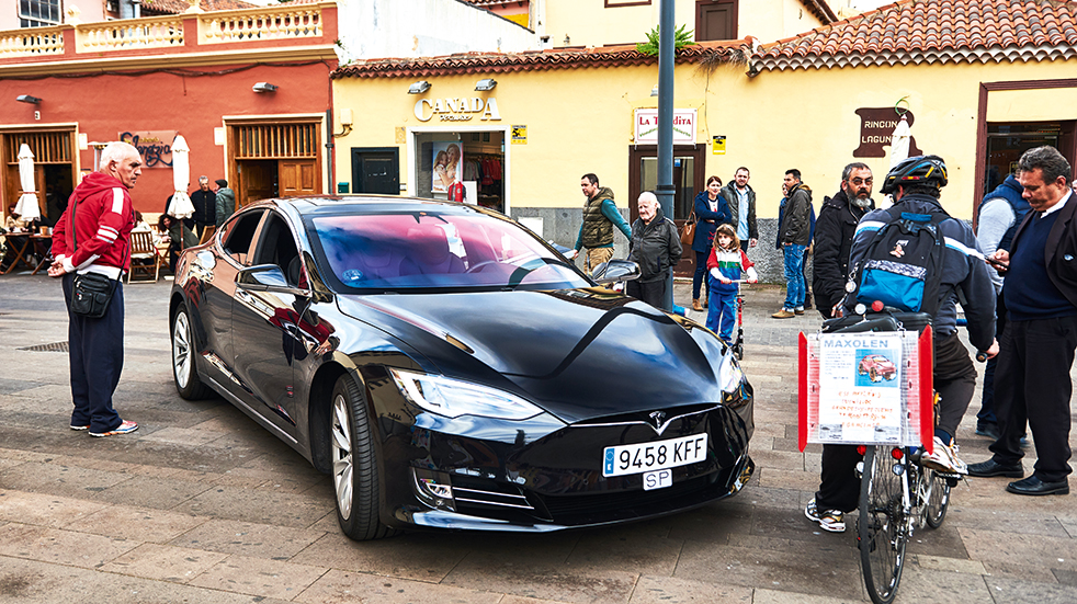 Self drive holiday in Tenerife: La Laguna and Tesla Model S