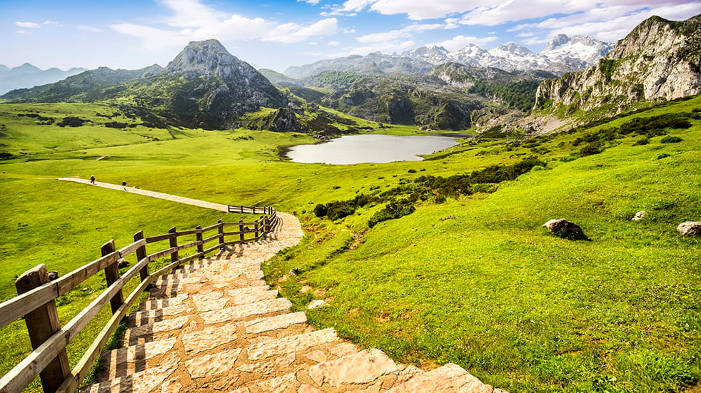Sustainable and eco tourism: Lake Ercina in Picos de Europa