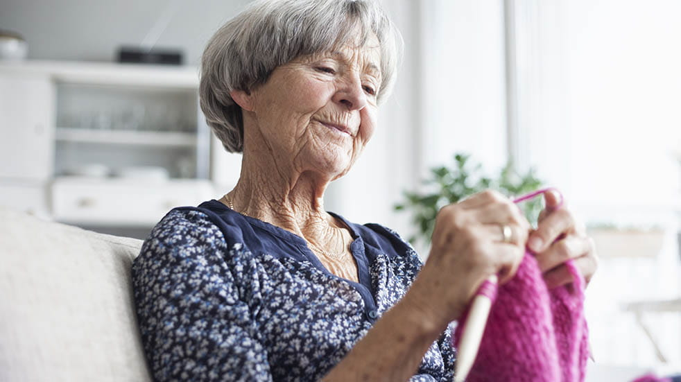 Ten ways you can help your community during the coronavirus crisis; woman knitting