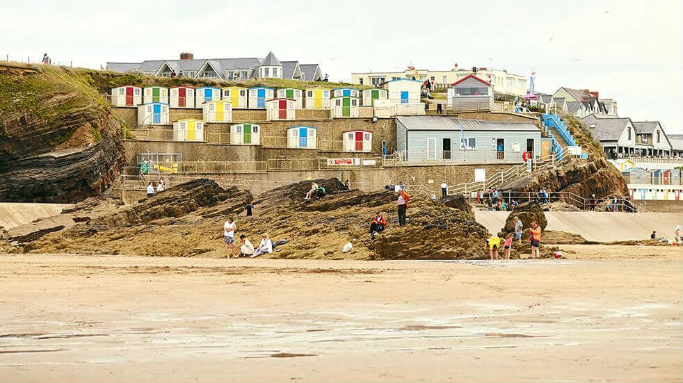 Bude beach: Treworgie Barton holiday cottages, Boundless Breaks