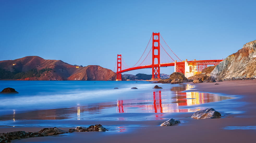 American Sky holiday destinations: Golden Gate bridge in San Francisco, California