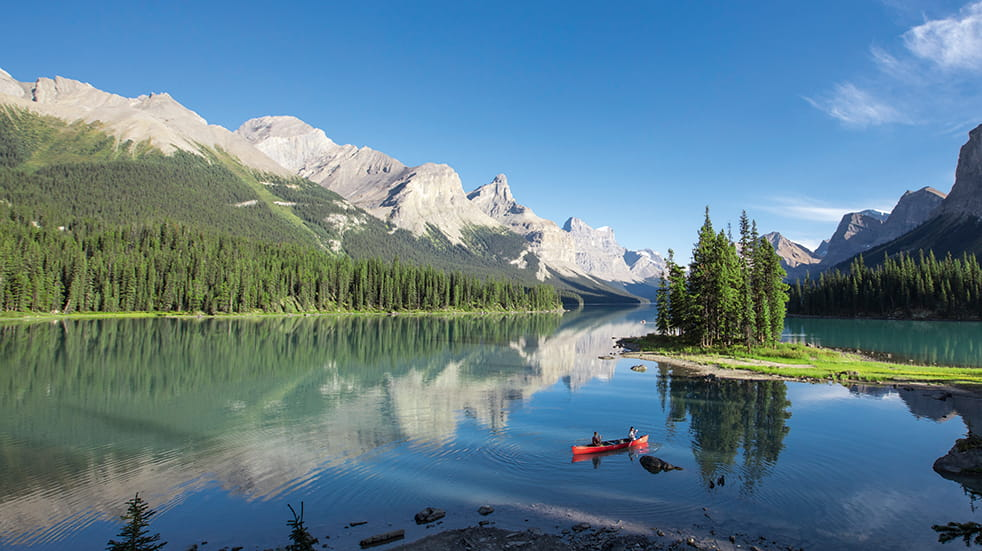 Tropical Sky holiday destinations: Maligne Lake in the Rocky Mountains railway route