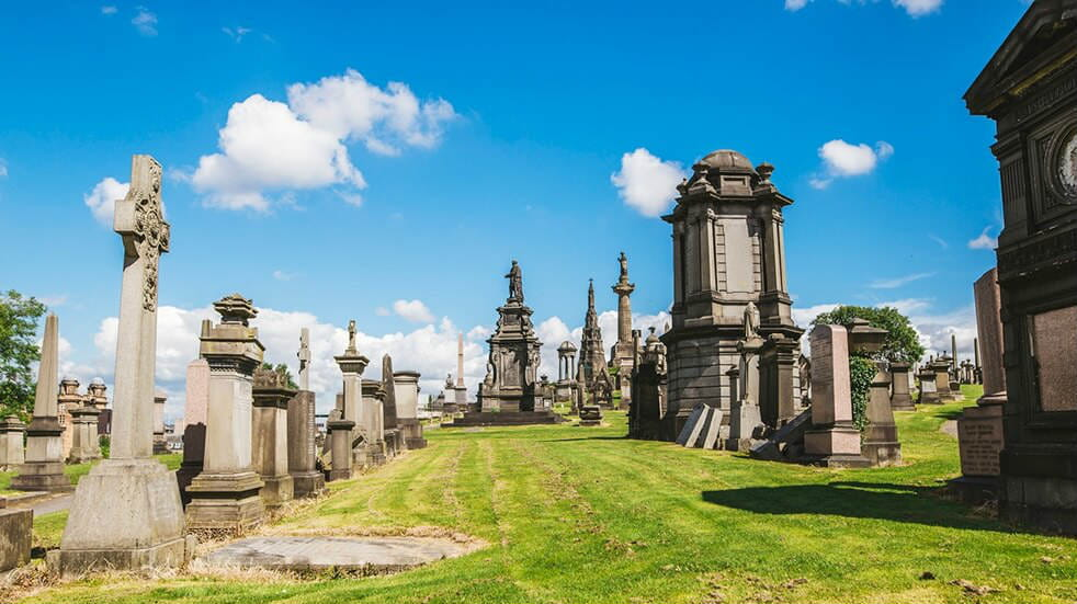 Unusual UK days out: Glasgow Necropolis cemetery