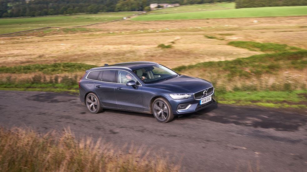 Volvo review: Volvo side on