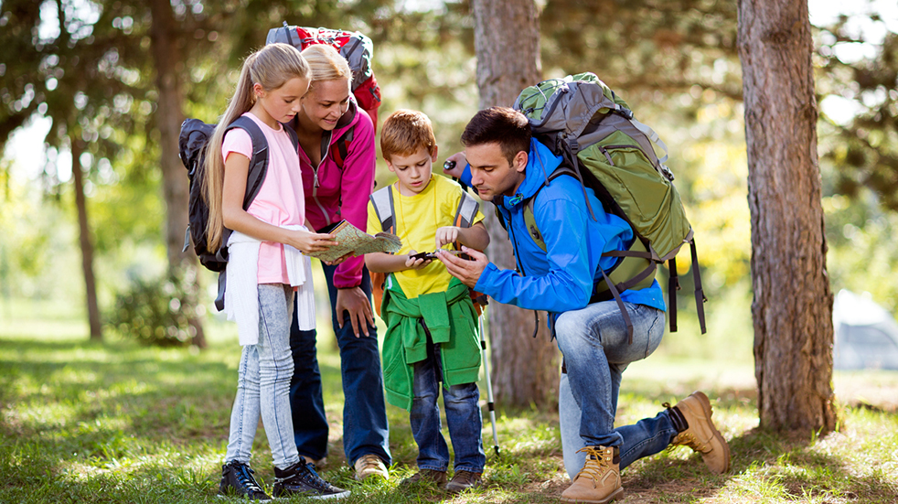 Family walking trails - map reading with kids