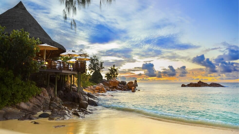 Romantic Honeymoon getaway destinations worldwide