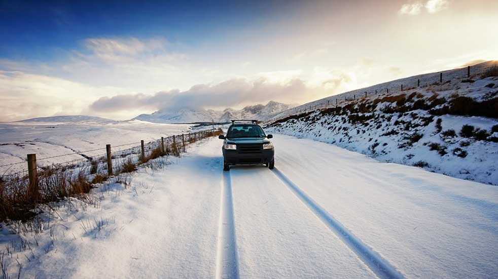 Winter driving Land Rover snow