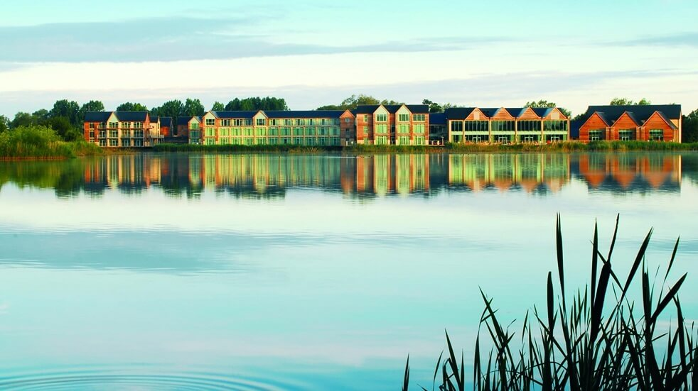 Enjoy the tranquil surroundings of the Cotswold Water Park