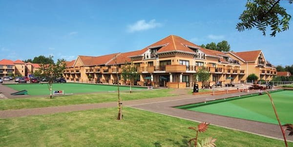 Exterior and garden of Potters Resort Norfolk