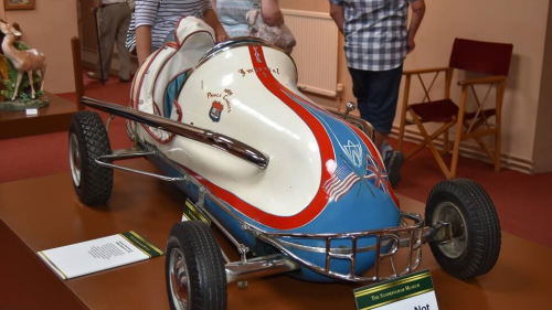 Large model race car in Transport Museum
