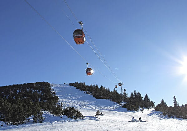 Sunny day with the ski lifts in the sky at Borovets
